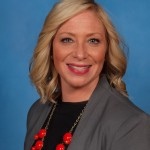 Nicole Ey Headshot